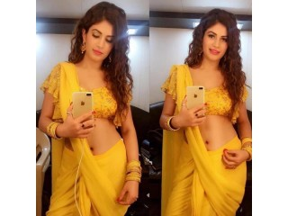 Call Girls In  Noida 886O28OII7 Top Quality Models Escorts Services